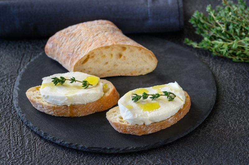 Ciabatta mozzarella et huile de truffe blanche by Truffes&Co